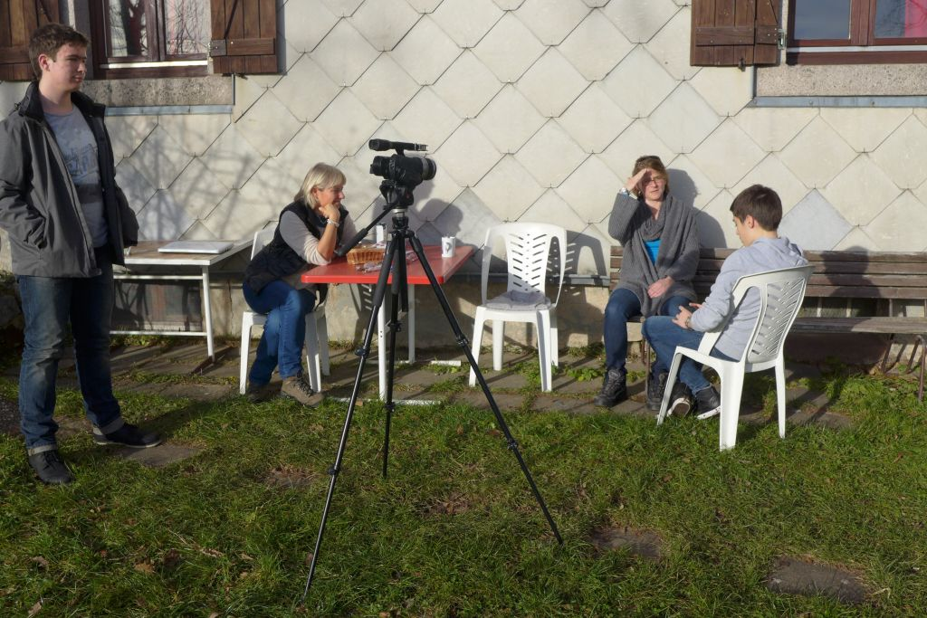 Kaffeepausen-Interview mit militärischem Gruß!